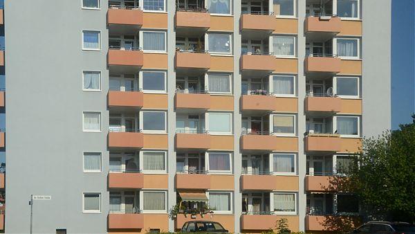 Hannover-Langenhagen - Planen der Dachsanierung und Baubegleitung